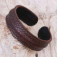 Men's leather cuff bracelet, 'Basic Dark Brown' - Thailand Men's Dark Brown Leather Cuff Bracelet