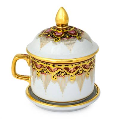 Benjarong White Elephant Teacup and Lid with Gold Paint