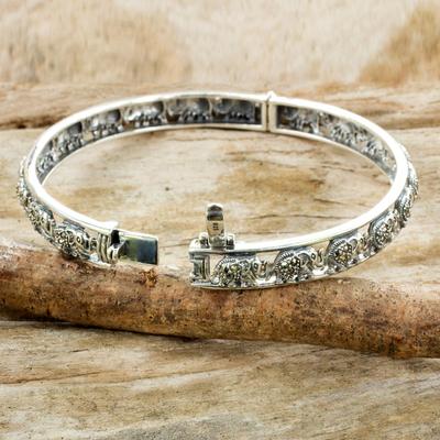 Glistening Marcasite Elephants on 925 Silver Bracelet