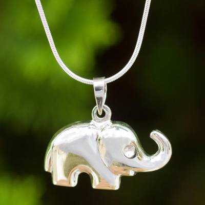Thai Sterling Silver Handcrafted Elephant Pendant Necklace