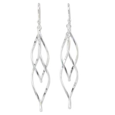 Artisan Crafted Sterling Silver Dangle Earring