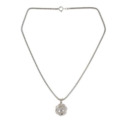 Quartz pendant necklace, 'Crystalline Spin' - Thai Sterling Silver Necklace with Crystalline Quartz