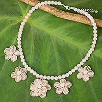 Rose quartz beaded necklace, 'Blushing Daisy Chain' - Handmade Rose Quartz Beaded Necklace with Floral Motif