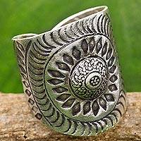 Sterling silver wrap ring, 'Karen Aster' - Hand Made Sterling Silver Wrap Ring Floral Thailand