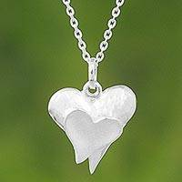 Sterling silver pendant necklace, 'Dazzling Hearts' - Sterling Silver Pendant Necklace Hearts from Thailand