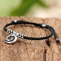 Silver pendant bracelet, 'Karen Spiral' - Hand Crafted Silver Spiral Pendant Bracelet from Thailand