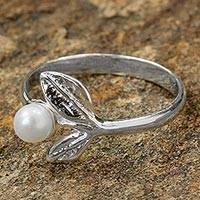 Cultured pearl cocktail ring, 'Luminous Berry' - Sterling Silver and Cultured Pearl Leaf Ring from Thailand