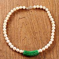 Quartz and cultured pearl pendant necklace, 'Luxurious Air' - Thai Green Quartz and Cultured Pearl Beaded Pendant Necklace