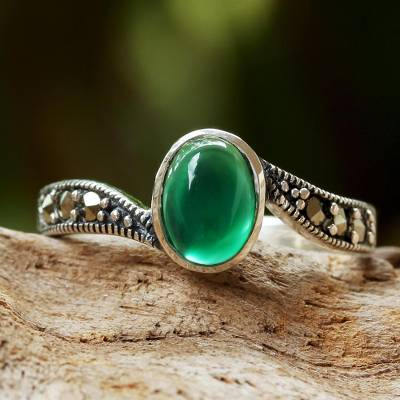 Onyx cocktail ring, 'Elusive Green' - Green Onyx and Marcasite Cocktail Ring from Thailand