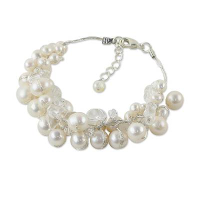 Bracelet with White Cultured Freshwater Pearls