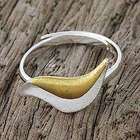 Gold accented sterling silver cocktail ring, 'Martin in Flight' - Gold Accent Sterling Silver Bird Theme Handcrafted Ring