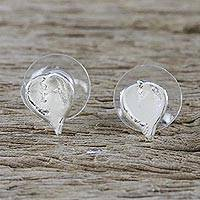 Sterling silver plated natural leaf stud earrings, 'Heartfelt Nature' - Silver Plated Natural Million Hearts Earrings from Thailand