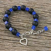 Onyx and agate beaded bracelet, 'Hill Tribe Love' - Onyx and Agate Bracelet with Heart Charm from Thailand