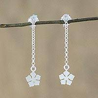 Sterling silver dangle earrings, 'Cute Blooms' - Floral Sterling Silver Chain Dangle Earrings from Thailand