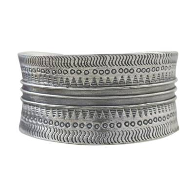 Sterling silver cuff bracelet, 'Silver Stunner' - Handcrafted Sterling Silver Cuff Bracelet from Thailand