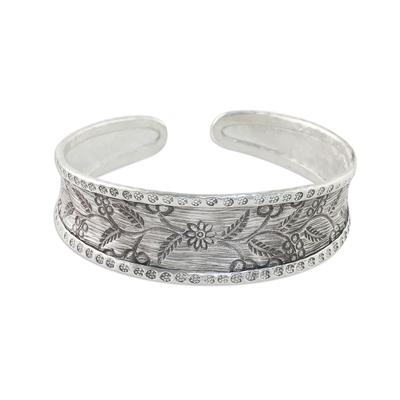 Sterling silver cuff bracelet, 'New Bloom' - Handmade 925 Sterling Silver Floral Cuff Bracelet Thailand
