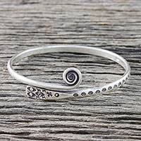 Sterling silver bangle bracelet, 'Silver Eye' - Handcrafted Sterling Silver Bangle Bracelet from Thailand
