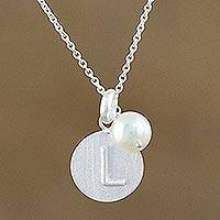 Cultured pearl pendant necklace, 'Fabulous L' - Cultured Pearl Letter L Pendant Necklace from Thailand