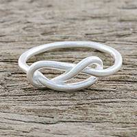 Sterling silver mid-finger ring, 'Gleaming Knot' - Sterling Silver Cocktail Mid-Finger Ring from Thailand