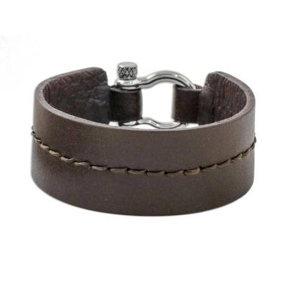 Rugged Women S Brown Leather Bracelet With Shackle Clasp Femme