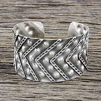 Sterling silver cuff bracelet, 'Silver Splendor' - Handmade Sterling Silver Cuff Bracelet from Thailand
