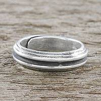 Sterling silver wrap ring, 'Ardent Artistry' - Handmade Sterling Silver Thai Hill Tribe Wrap Ring