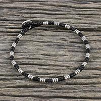 Silver beaded macrame bracelet, 'Storytelling Knots' - Hill Tribe Silver Macrame Hand-Knotted Unisex Bracelet