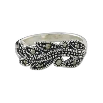 Marcasite pave ring, 'Vineyard Beauty' - Sterling Silver Faceted Marcasite Vineyard Leaf Pave Ring