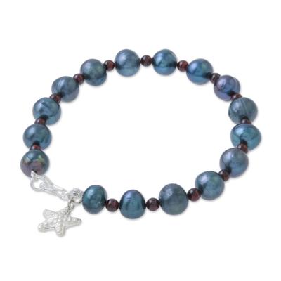 Cultured pearl and garnet beaded bracelet, 'Dark Starfish Love' - Black Cultured Pearl and Garnet Hill Tribe Starfish Bracelet