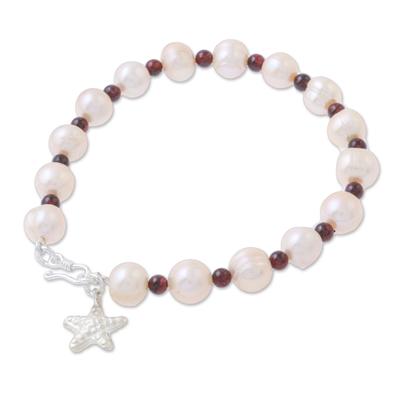 Cultured pearl and garnet beaded bracelet, 'Starfish Love' - Beaded Cultured Freshwater Pearl Garnet Starfish Bracelet