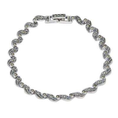 Sterling silver link bracelet, 'Waves of Thailand' - Marcasite and Sterling Silver Link Bracelet from Thailand
