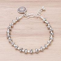 Silver beaded pendant bracelet,
