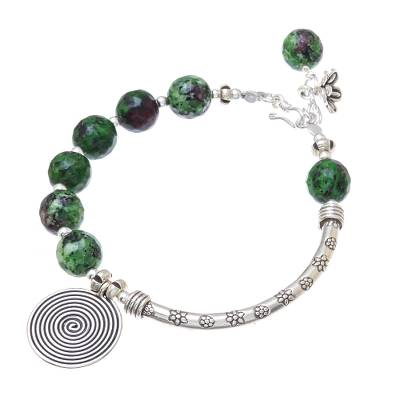 Green Agate and Karen Silver Beaded Charm Bracelet