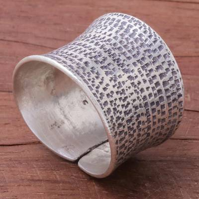 Sterling silver wrap ring, 'Breath of Autun' - Patterned Sterling Silver Wrap Ring from Thailand
