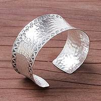Sterling silver cuff bracelet, 'Hammered Elegance' - Concave Band Sterling Silver Cuff with Hammered Finish