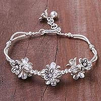 Silver beaded pendant bracelet, 'Lovely Bouquet' - Floral Karen Silver Beaded Pendant Bracelet from Thailand