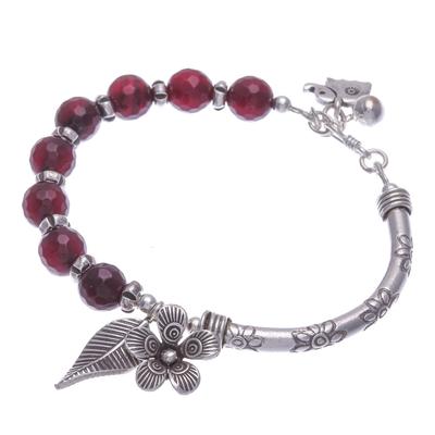 Quartz beaded bracelet, 'Forest Velvet' - Floral Purple Quartz Beaded Bracelet from Thailand