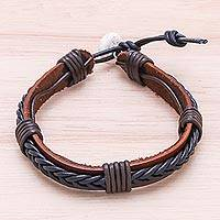 Leather wristband bracelet, 'Perfect Style in Black' - Braided Leather Wristband Bracelet in Black from Thailand