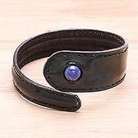 Men's lapis lazuli and leather wrap bracelet, 'Rugged Solitaire' - Men's Brown Leather Lapis Lazuli Bead Tapered Wrap Bracelet