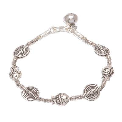 Silver beaded bracelet, 'Happy Swimmers' - Fish Themed Karen Silver Beaded Bracelet from Thailand