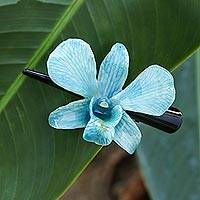 Natural orchid hair clip, 'Blue Orchid Love' - Natural Blue Thai Orchid Hair Clip