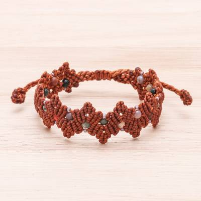 Agate beaded macrame bracelet, Zigzag in Rust