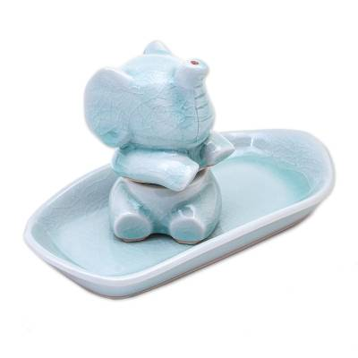 Celadon Elephant Salt and Pepper Set in Aqua (3 Pieces)