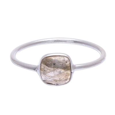 Labradorite and Sterling Silver Solitaire Ring