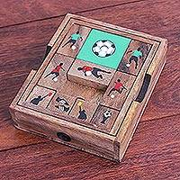 Wood game, 'Football Escape'
