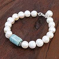 Cultured pearl and jade beaded bracelet, 'Soothing Tonic' - Hand Made Jade and Cultured Pearl Bracelet