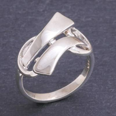 Sterling silver cocktail ring, 'Infinity Ribbon' - Hand Crafted Sterling Silver Cocktail Ring