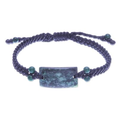 Jade and serpentine macrame pendant bracelet, 'Deep Summer' - Jade and Serpentine Macrame Pendant Bracelet