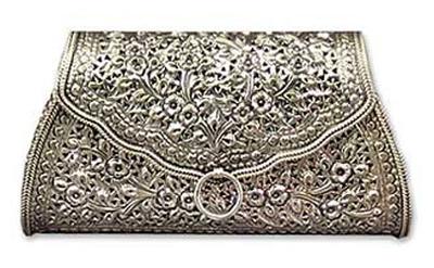 Sterling silver handbag, 'Kanok Elegance' - Thai Sterling Silver Patterned Clutch Handbag