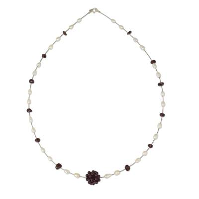 Pearl and garnet pendant necklace